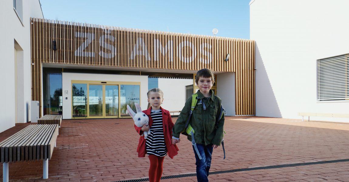 Nová škola ukazuje dětem kouzlo dřeva