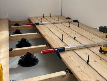 Jak správně na pokládku terasy?! Postup přípravy roštu a montáže prken.